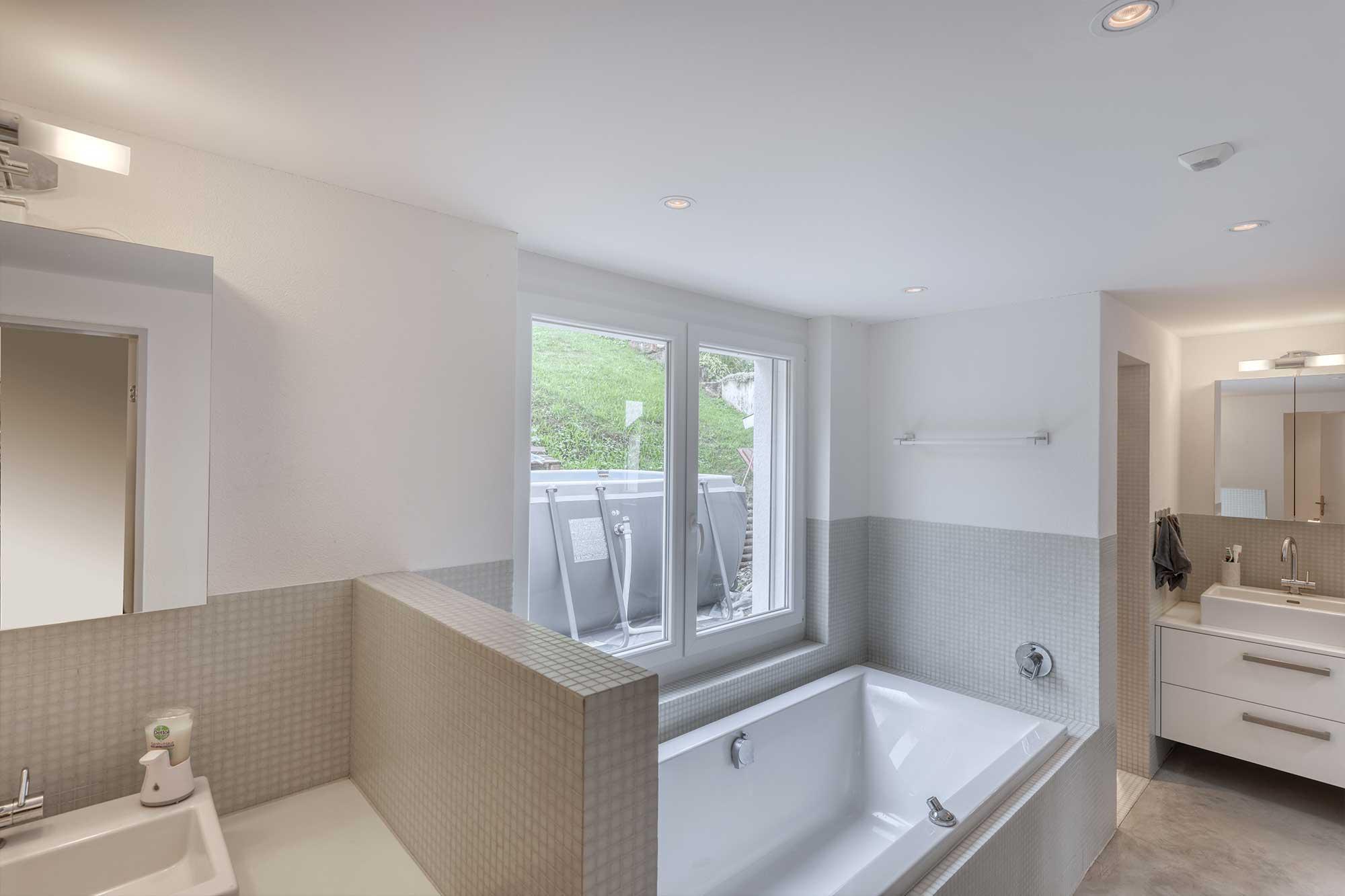 Das Haus ist mit hochqualitativen Apparaturen ausgestattet, so auch das Badezimmer.